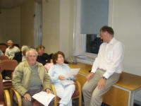 David Harlow, Bournemouth Council, talking to members of the Lakeside Residents group